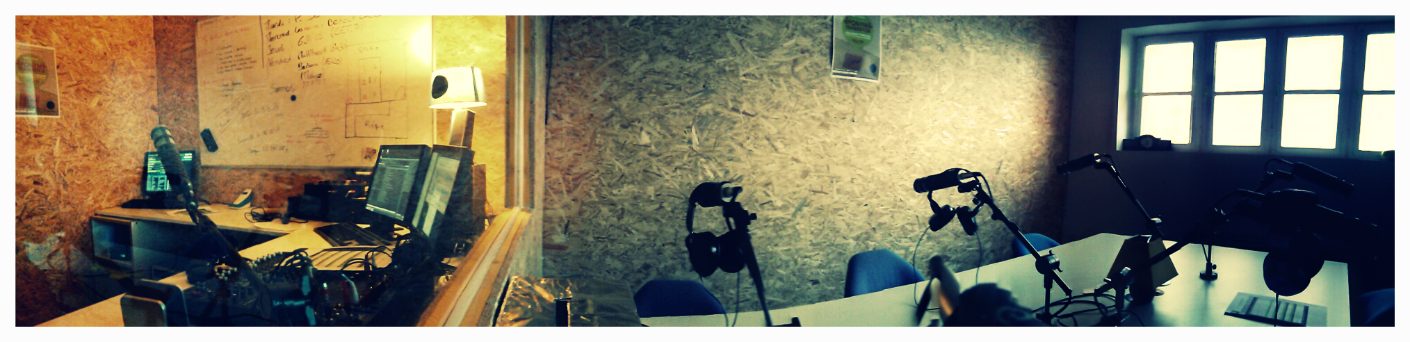 Studio Radio Eponyme Au Séchoir